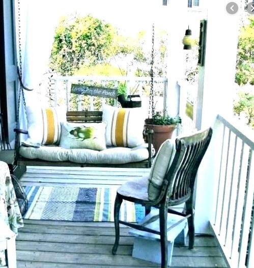 co postawić na balkonie - aranżacje