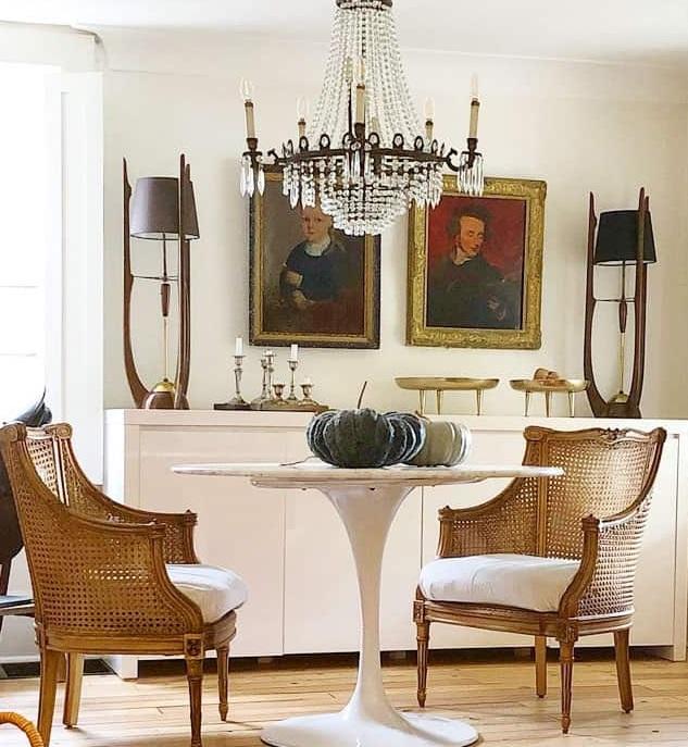 stare antyki do renowacji - krzesła